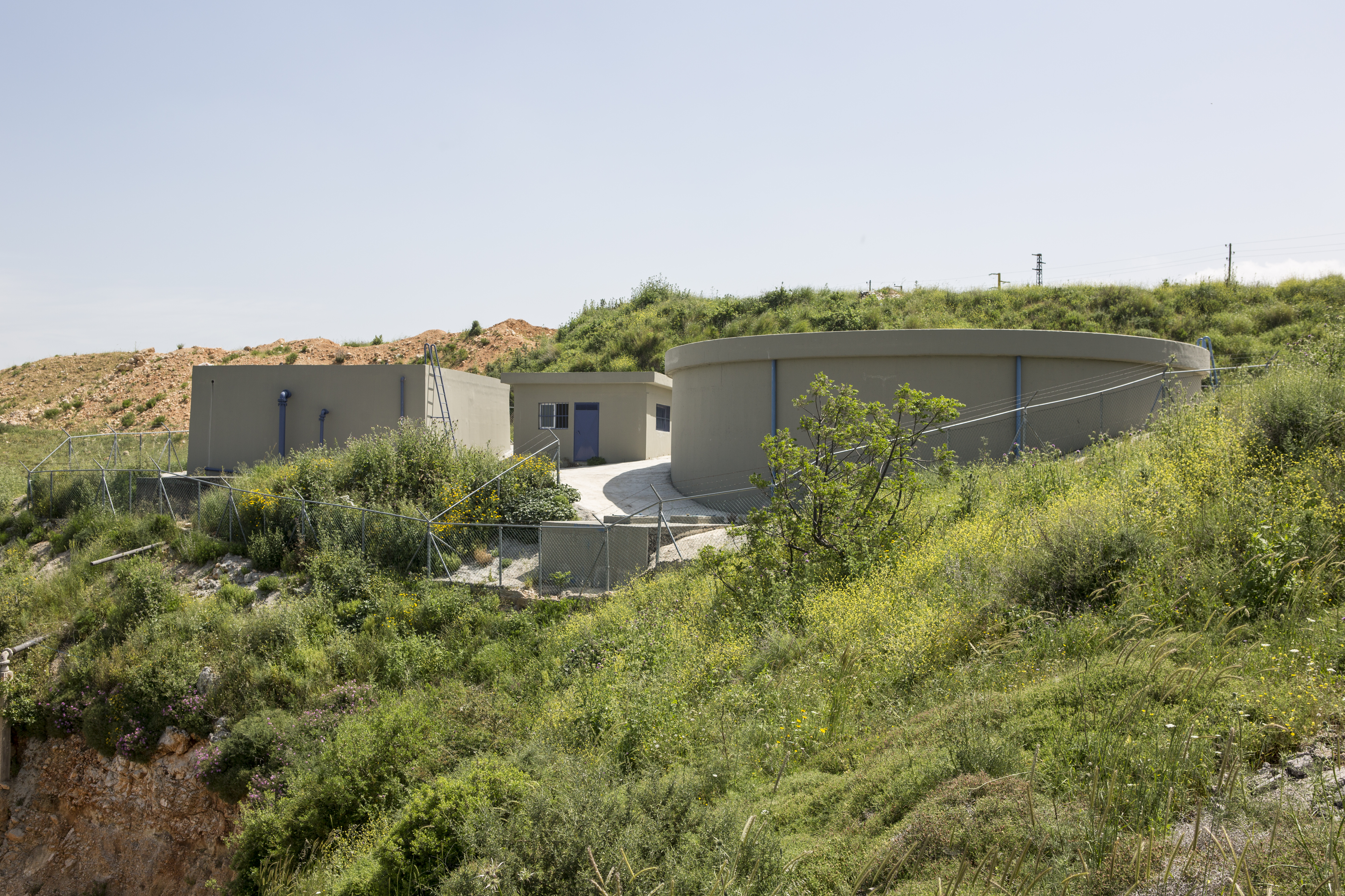 Water tank and extraction building in Machha, District Akkar