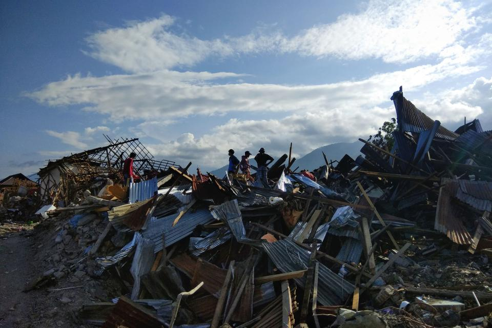 destroyed houses on Sulawesi in Indonesia